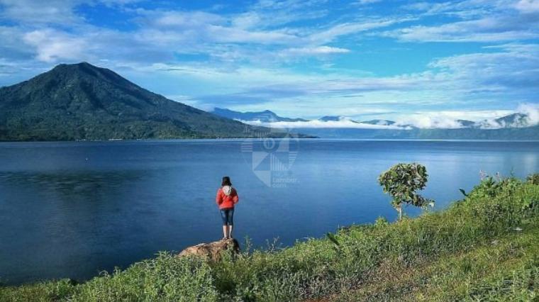 3 Tempat Wisata di Kabupaten Lampung Barat, View Alamnya Hebat!